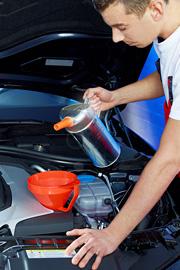 Wymiana oleju, uzupelnienie, wymiana filtrów i uszczelek. Warsztat samochodów VW, Audi, Skoda, Seat w Szczecinie - serwis i naprawa aut.